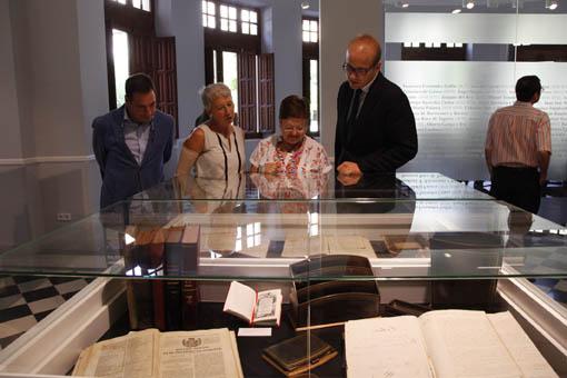100313 Exposicion Archivo