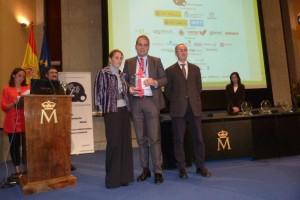 Adrian Ballester recoge premio