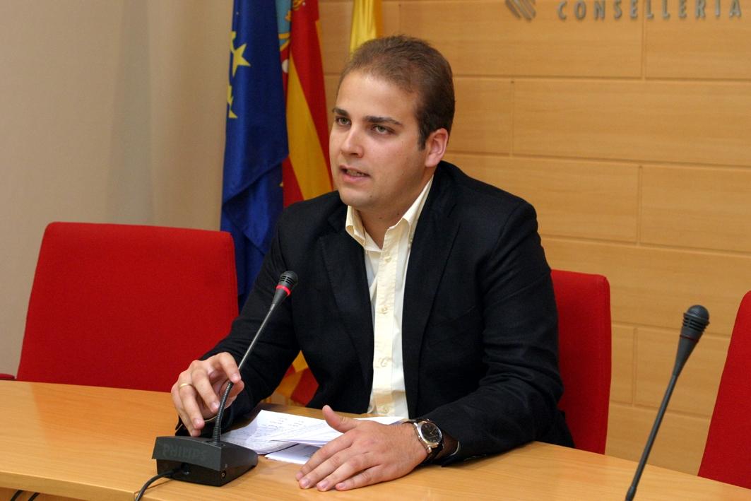 Rueda de prensa en la sede la Conselleria de Bienestar social